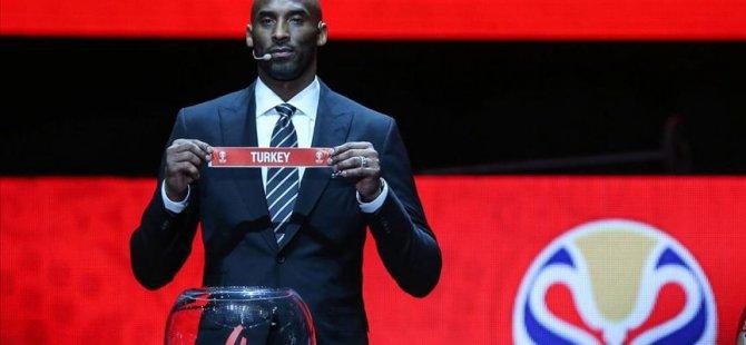 Kobe Bryant, hayatını kaybetti
