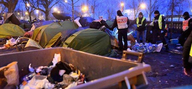 Paris'te göçmenlerin kaldığı kamp tahliye edildi