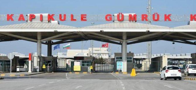 Kapıkule'den Türkiye'ye giriş yapamadılar