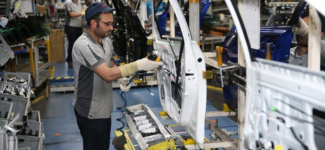 Toyota ve BMW de üretime ara verdi