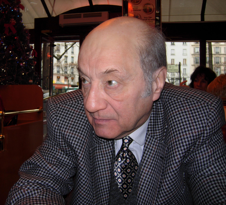 Coşkun Tunçtan koronadan Paris'te hayatını kaybetti