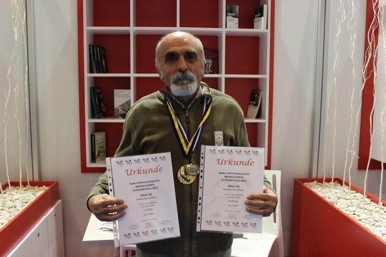 63 yaşında madalya aldı