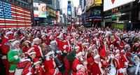 Noel Babalar Times Meydanı'nda