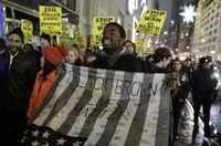 New York'ta polis karşıtı gösterdi