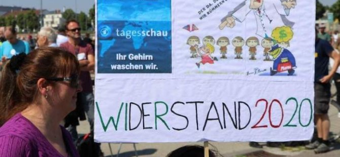 Stuttgart korona gösterilerinin kalesine dönüştü: Polis ceza yağdırdı