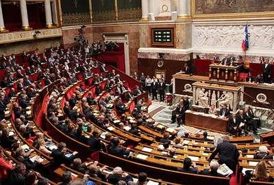 Fransa'daki tartışmalı torba yasa tasarısı