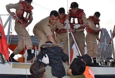 171 kaçak göçmen kurtarıldı