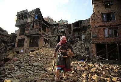 Nepal'de 650 bin kişi evsiz kaldı