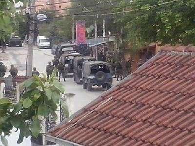 Silahlı çatışma: 5 polis öldü