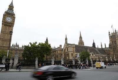 İngiliz Parlamentosu'nda 13 Müslüman milletvekili