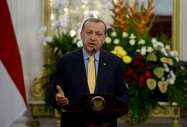 Erdoğan: Suriyelilere biz bakıyoruz, Rusya değil