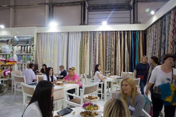 Rusya'da ev tekstili, Türklerin eline geçti