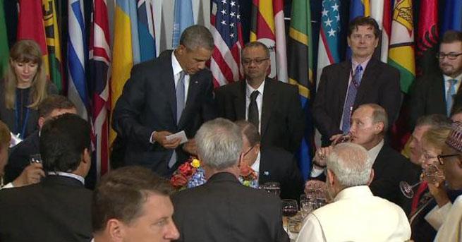 Obama, Putin'i 'es' geçti