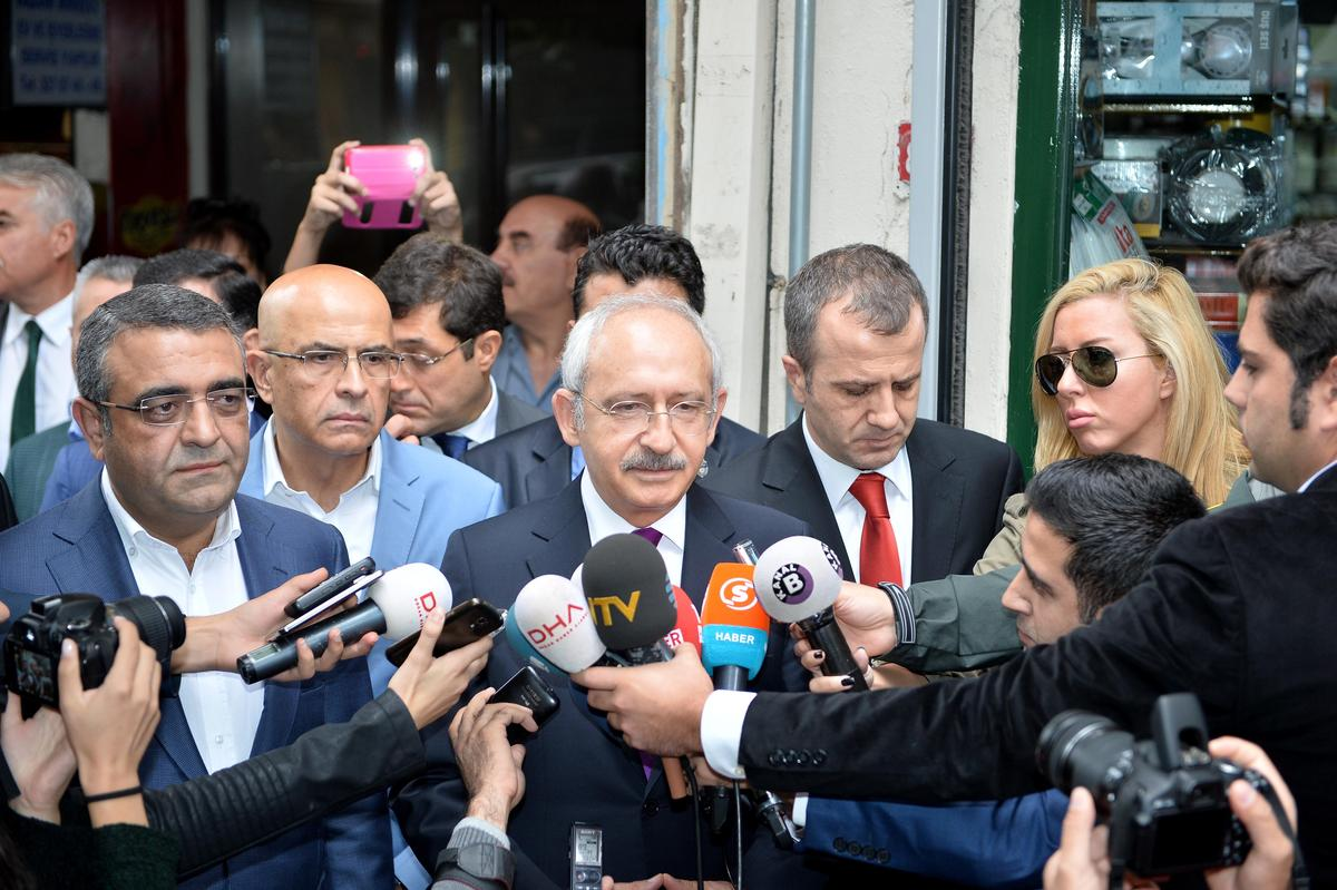 Kılıçdaroğlu, Ahmet Hakan'ı ziyaret etti