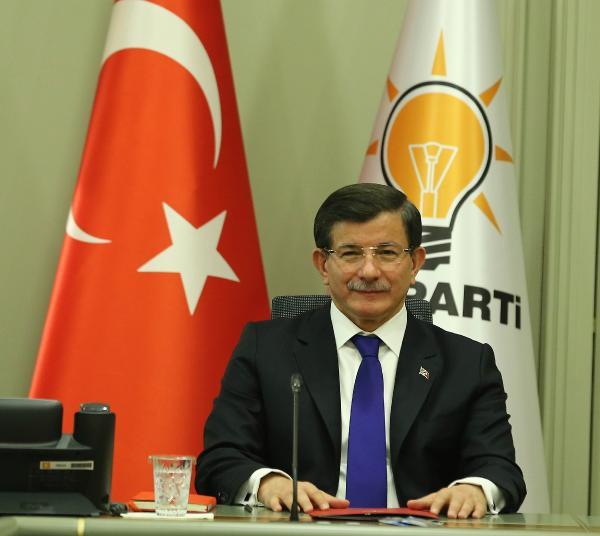 Davutoğlu, Belçikalı PR firmasıyla anlaştı