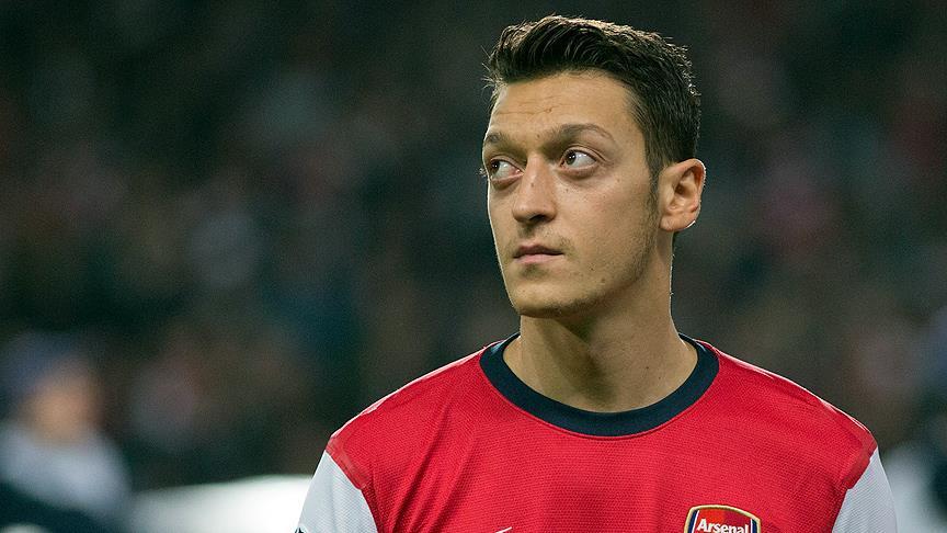 'Mesut Özil, Bergkamp gibi efsane olabilir'