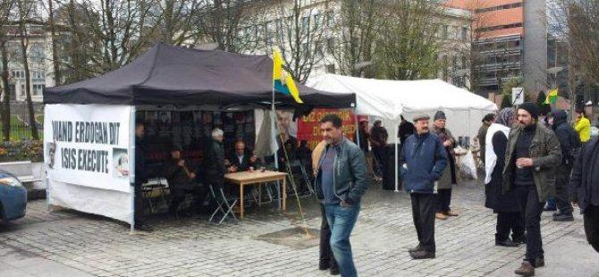 Brüksel'de PKK çadırı yeniden kuruldu