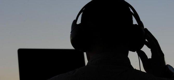 CHP'lileri Alman yazılımıyla dinlemişler