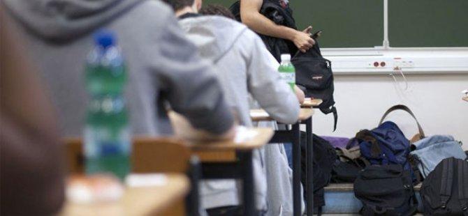 Müslüman öğrenciye çirkin saldırı