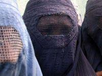 İsviçre de burkayı yasaklıyor