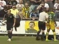 Den Haag maçında Öcalan posteri açıldı