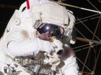 60 yaşındaki astronot Dünya'ya döndü