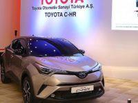 Türkiye'de üretilen Toyota C-hr'ye yoğun ilgi