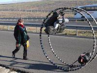 Almanya'dan yola çıkan jimnastikçi Türkiye'ye vardı