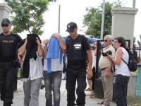 Yunanistan darbeci askerleri iade etmiyor