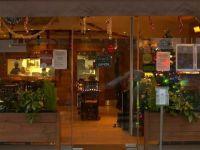 Türk restoranından evsiz ve yaşlılara bedava Noel yemeği