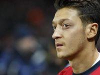 Mesut Özil yıldızlar listesinde yok