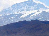 Everest'e tırmanan dağcılar öldü