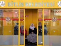 Bitlis'te 'klimalı otobüs durağı' dönemi