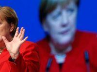 Merkel'den çifte vatandaşlara destek