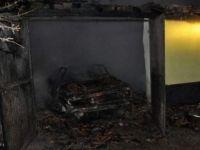 Gurbetçinin arabası garajda kül oldu