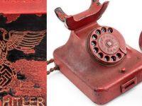 'Hitler'in 243 bin dolara satılan telefonu açıkça sahte'