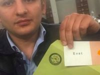 In einem AKP-Wahlbüro in Deutschland wurden Wahlzettel des laufenden Referendums gefunden