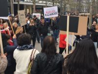 Frankfurt'ta referandum sonuçları protesto edildi