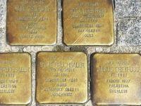 Almanya'da soykırımı anma taşları çalınıyor