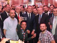 Macron iftara katıldı