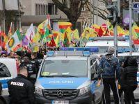 Kürdistan mitinginde 1 kişi bıçaklandı