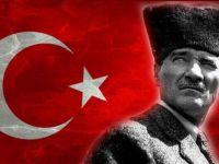 Atatürk dövmesini ücretsiz yapıyor