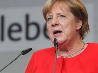 Merkel: Türkiye'deki sorunları Almanya'ya taşımayın