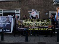 Hollanda'da İslam karşıtı gösteri: Camileri istemiyoruz