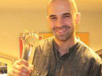 Türk sanatçı İsveç'te 'Yılın Müzisyeni' ödülüne layık görüldü