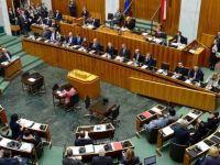 Avusturya'da 'göç anlaşması' krizi