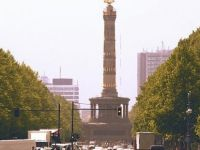 Berlin'de Corona hastane kapattı