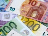 Dolar ve avroda tarihi zirve