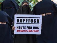 'Burka yasağı kadınları baskı altında kalıyor'