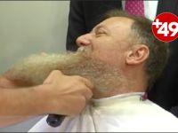OHAL bitince sakallarını kestirdi